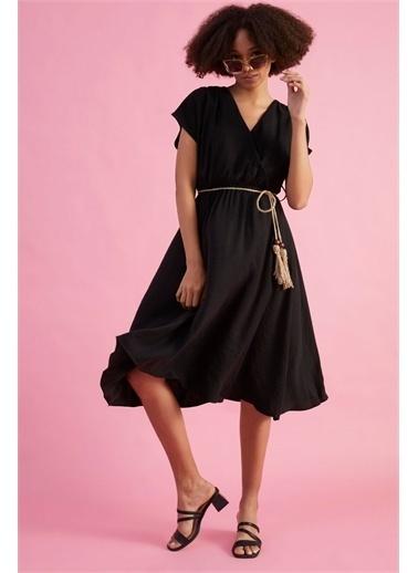 Z Giyim Kadın  Camel  Beli Lastikli Kruvaze Yaka Midi Boy Elbise Siyah